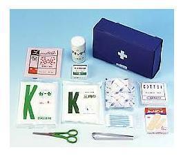 コンパクトな救急セットです。キャンプなどのアウトドアにも使用できます。